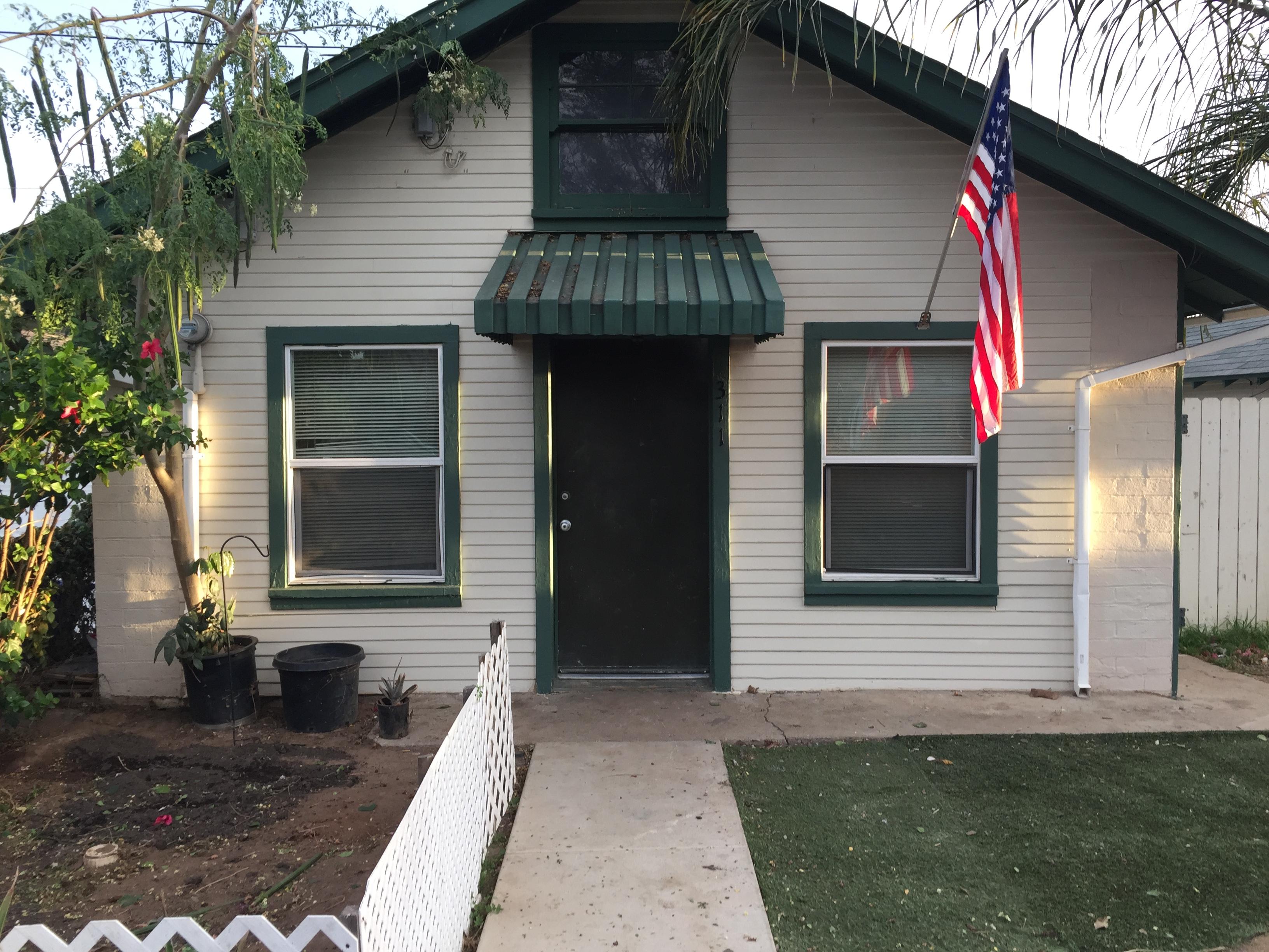 311 Washington, Vista CA 1